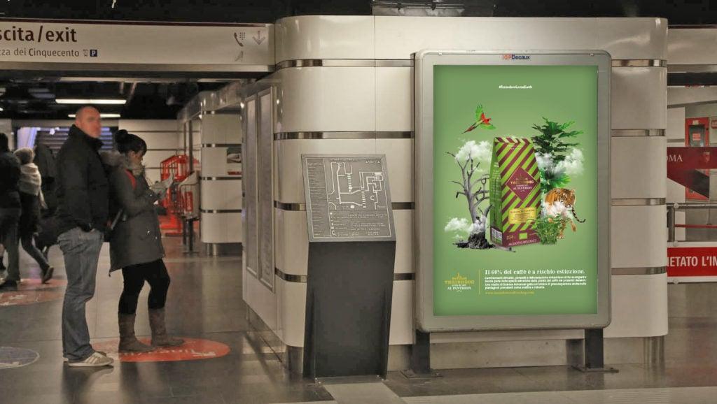 Cartellone pubblicitario in metropolitana Termini linea A
